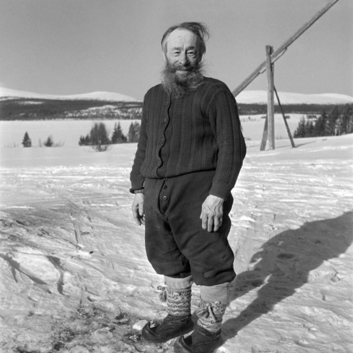 Karhu-Kustu var den sista heltidsjägaren i Äkäslompolo. Foto: UA Saarinen / JOKA / Museiverket