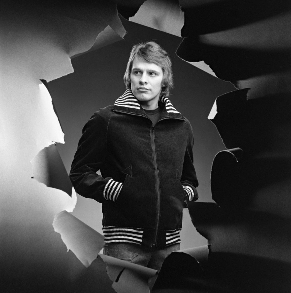 Manchesterkavaj. Som fotomodell boxaren Arto Nilsson, 1973. Foto: Kari Pulkkinen / Journalistiska bildarkivet JOKA / Museiverket